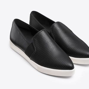 Vince Pierce Perforated Leather Sneaker Size 7